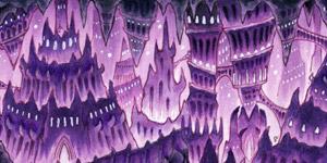 Eine violett schimmernde Höhle mit Stalaktiten und Stalakmiten